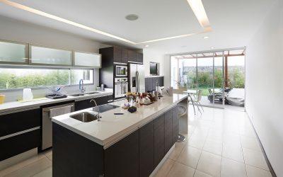 Interio design: Modern big kitchen